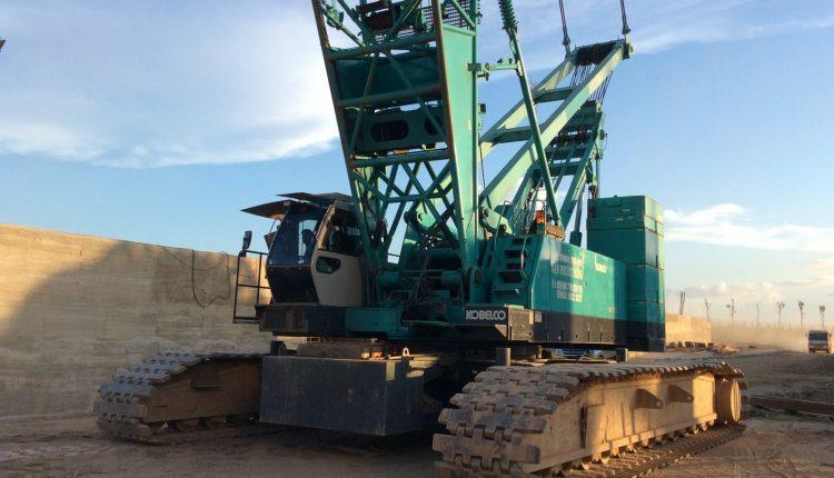Vận chuyển xe cẩu bánh xích 100 tấn IHI CCH1000