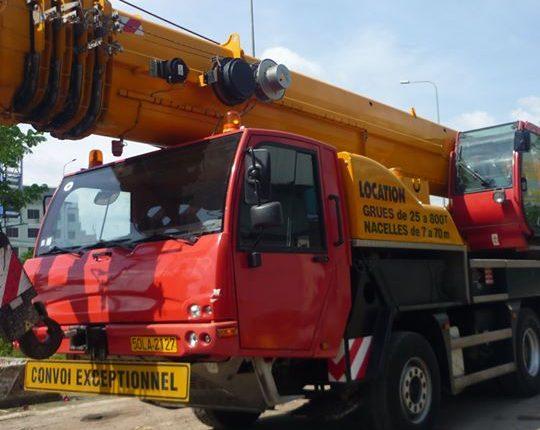 Cho thuê cẩu bánh lốp 60 tấn Terex TC-60