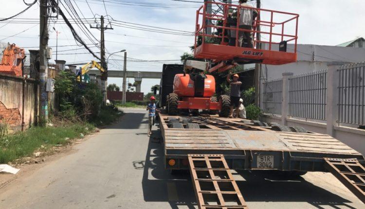 Vận chuyển xe nâng người JLG600AJ TPHCM – Phú Quốc
