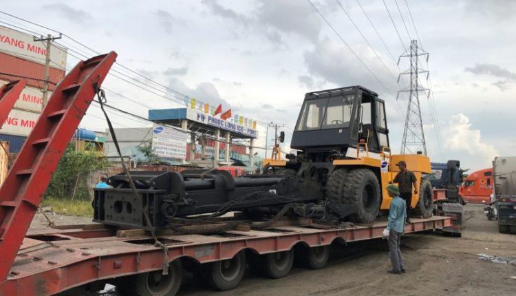 Vận chuyển xe nâng TCM FD240 TPHCM – HÀ TĨNH