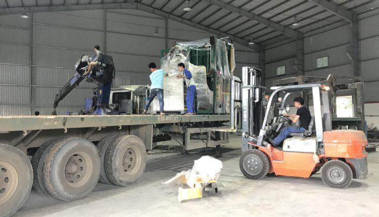 Vận chuyển dây chuyền mấy ép gạch TPHCM – Trà Vinh